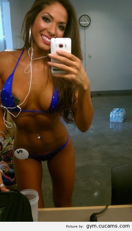 GYM Cheerleader Nudist by gym.cucams.com